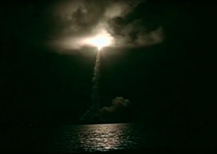 2017.12.17 Titan 4 Liftoff